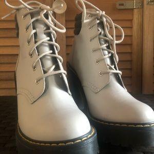 Doc Marten Averil Boot Heels (Alpaca color)